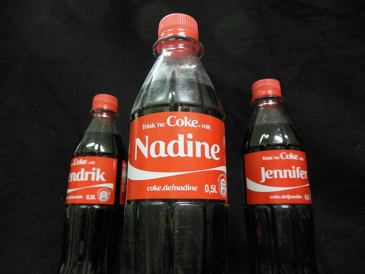 Bottiglie Coca Cola personalizzate coi nomi